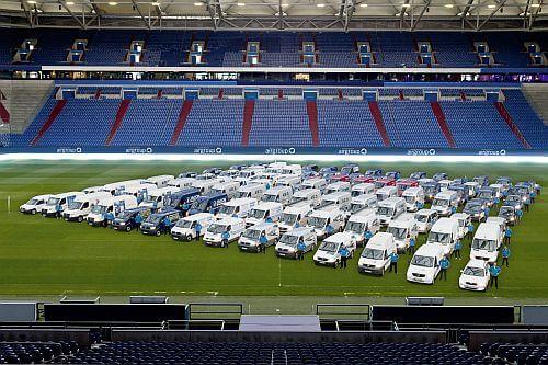 Autos_im_Stadion_Version_airgoup_500x333.jpg